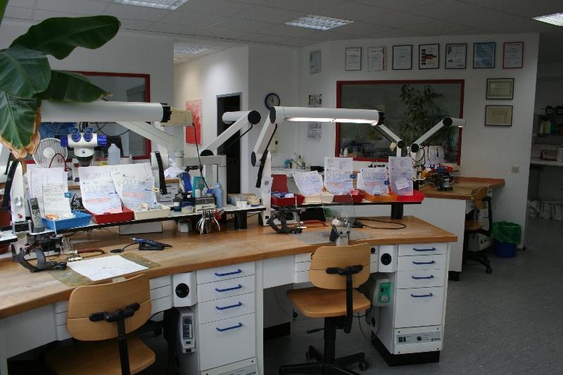 Zahntechniklabor-Juergen-Scharrer-Roethenbach.jpg